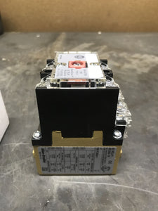 AB 700-P200A1 Type P Direct Drive Control Relay Series D