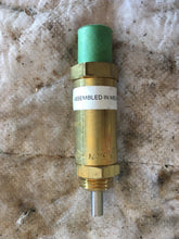 Load image into Gallery viewer, Bendix 205105 ST-1 Safety Valve