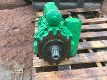 Load image into Gallery viewer, John Deere AN374890 2152971 an37488 Hydraulic Pump