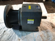Load image into Gallery viewer, BOSTON GEAR DOUBLE REDUCTION GEAR REDUCER F862b-4.4k-B11 800 Series