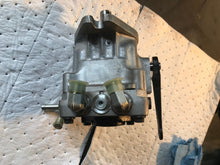 Load image into Gallery viewer, HYDRO GEAR HYDROSTATIC PUMP: OEM Part # PY-AKBB-BY1X-XXXX HYDRO-GEAR