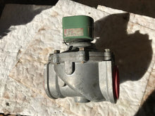 Load image into Gallery viewer, ASCO Red-Hat Solenoid Valve 8215A040 302354