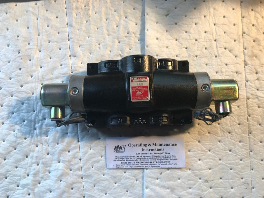 AAA AIR OR GAS GENERAL PURPOSE VALVE 568 250 W/160 Ext Pilot