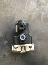 Load image into Gallery viewer, Gemu DIAPHRAGM VALVE 2031703 615 15D 1375211/N