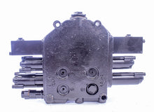 Load image into Gallery viewer, Husco CNH 87546975 Hydraulic Control Valve