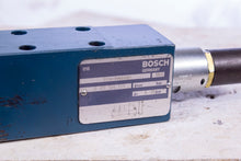 Load image into Gallery viewer, Bosch Rexroth 0 811 104 129 Proportional Valve 0811104129