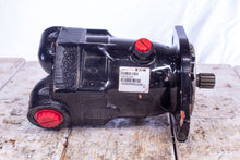 Load image into Gallery viewer, Eaton 74318-DAK Hydrostatic Fixed Displacement Piston Motor