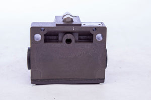 Balluff BNS-543-B02-D12-61-12-10 Limit Switch