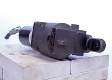 Load image into Gallery viewer, Parker EHA 648945 160891438B DC Powered Hydraulic Actuator 12 VDC 8 in