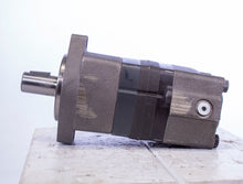 Load image into Gallery viewer, Eaton Char Lynn 104-1002-006 Hydraulic Motor 1041002006
