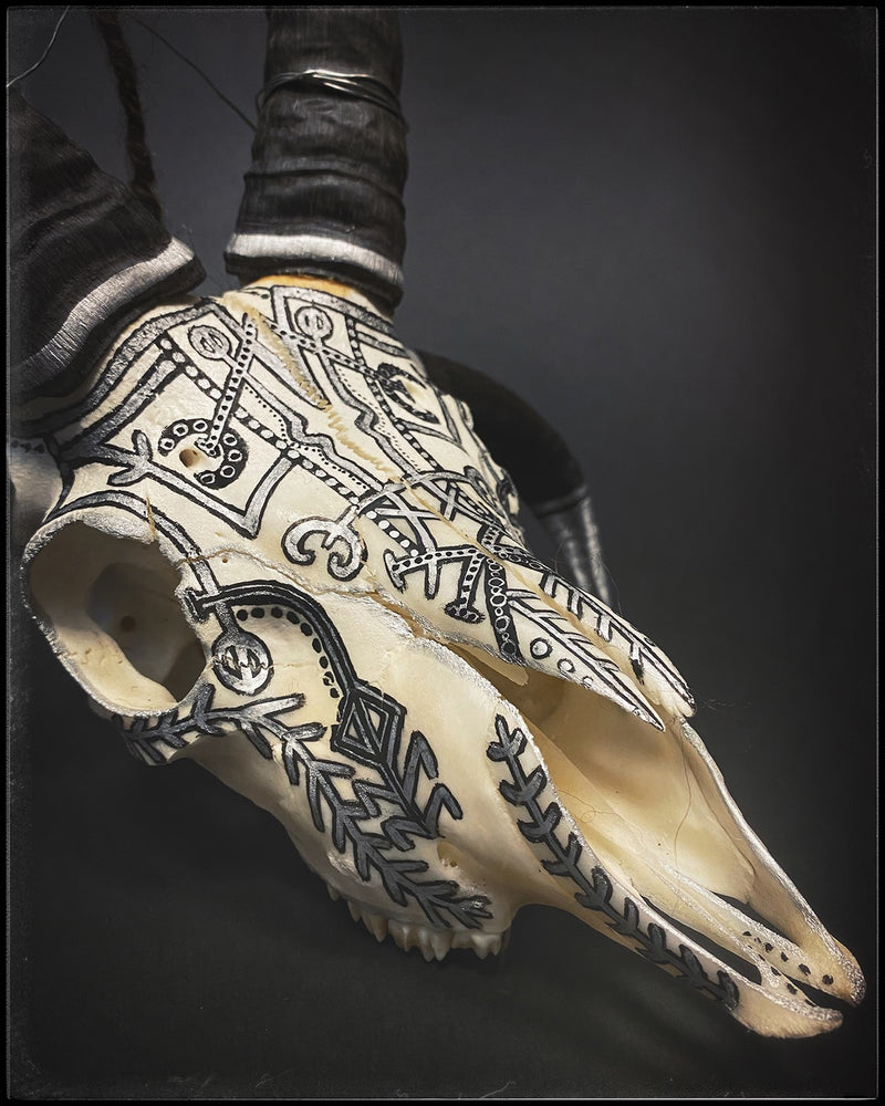Load image into Gallery viewer, Icelandic Magical staves viking sheep skull