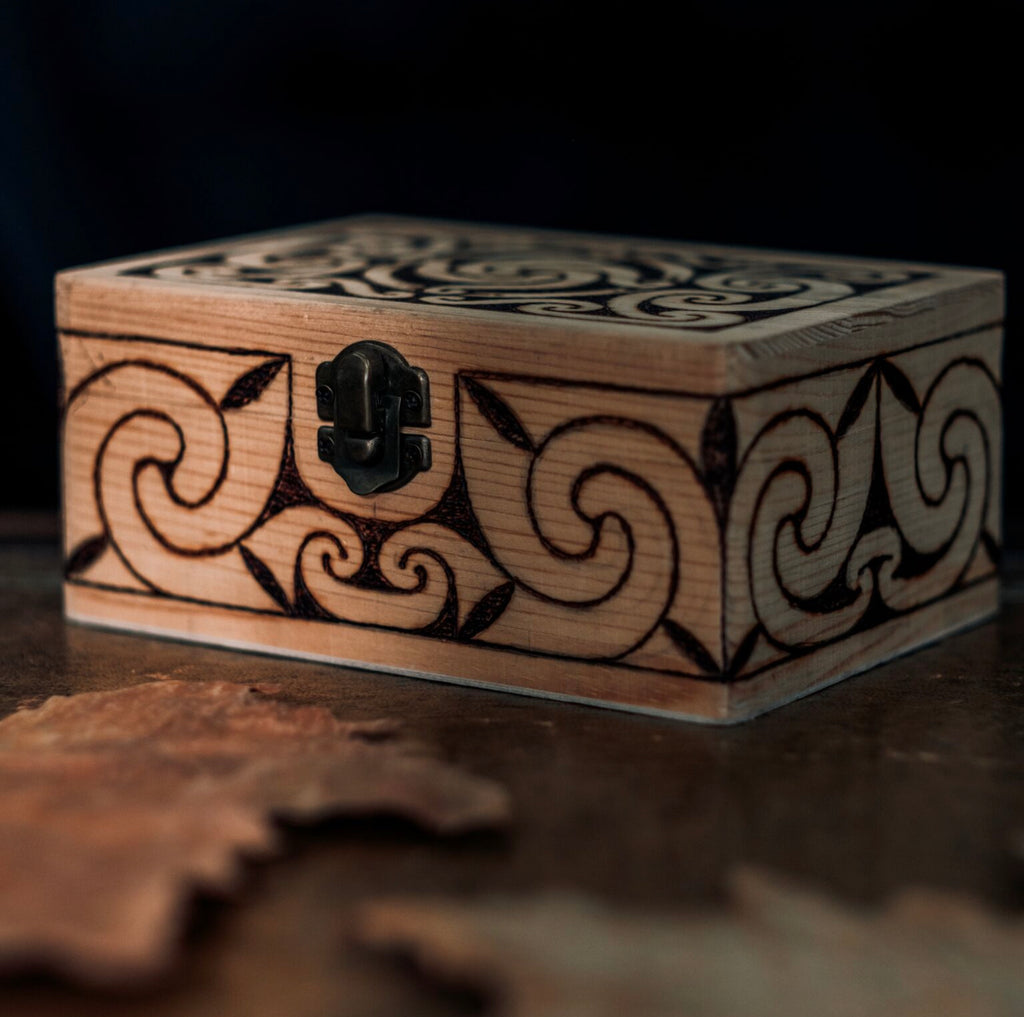 Villkat Arts, pyrography, Celtic art, Northern Fire, celtic artist, sunwheel, wooden box, front view, sun wheel