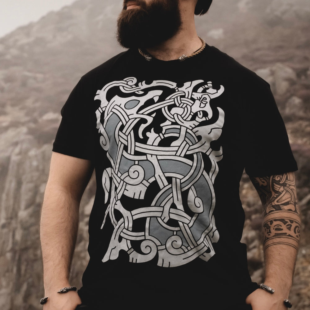 Load image into Gallery viewer, ragnarok t shirt thor fighting jormungandr