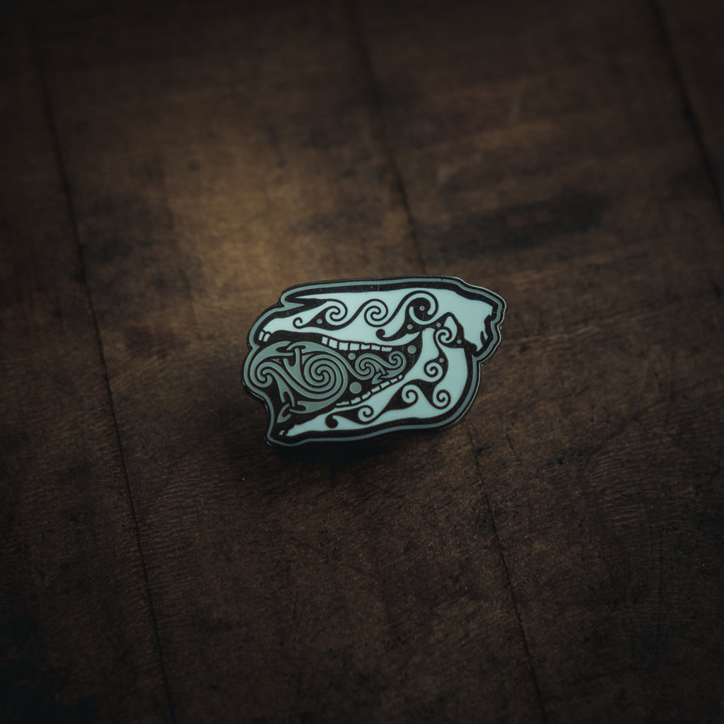Celtic Horse Skull enamel pin designed by Dyrs Hjarta Art for Northern Fire. Cast in Hard enamel. Mari Lwyd welsh (Cymru) tradition