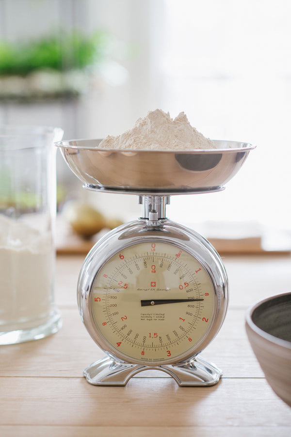swedish scale, aluminum scale, bengt ek scale, baking scale, clock