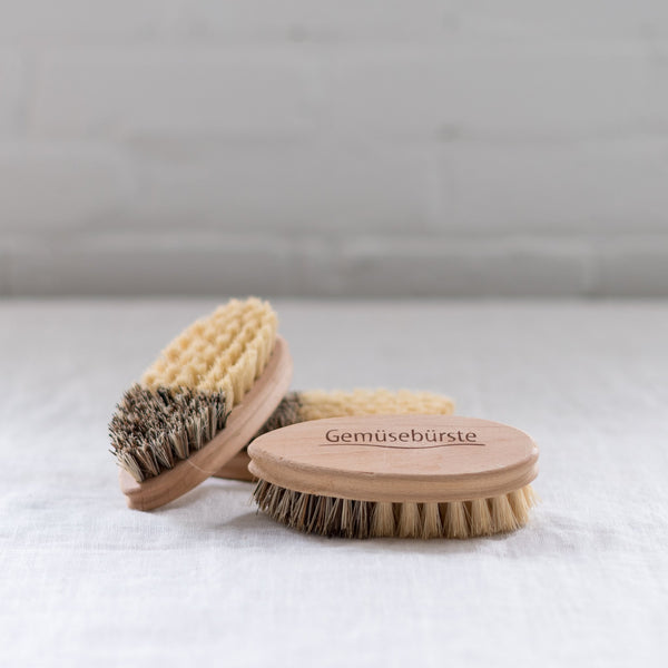 vegetable brush - redecker - burstenhaus redecker - beechwood brush