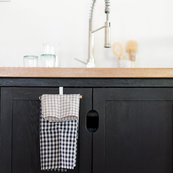 yamazaki home - yamazaki - kitchen towel holder - over the counter towel holder