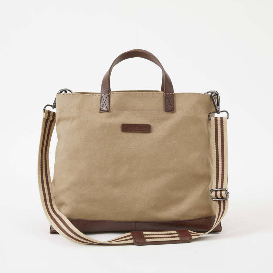 Oliver Canvas Metro Tote in Desert by Baekgaard