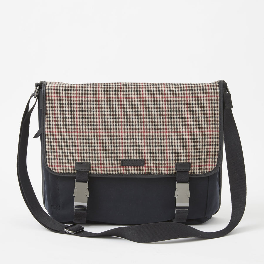 Sloan Messenger Bag in Tattersall by Baekgaard