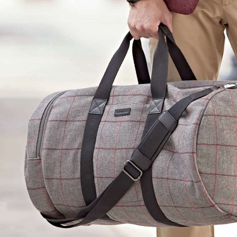 Clark Duffel Bag in Grey Tweed by Baekgaard