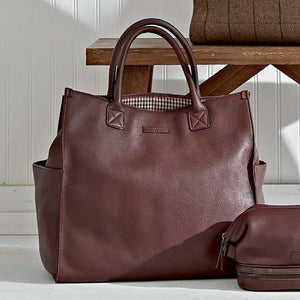 Bob Tote in Brown Leather by Baekgaard
