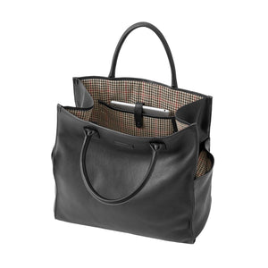 Bob Tote in Black Leather by Baekgaard