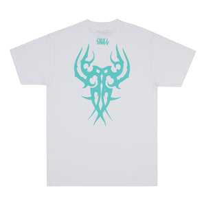 Camiseta Skull Tribal Lateral Branco