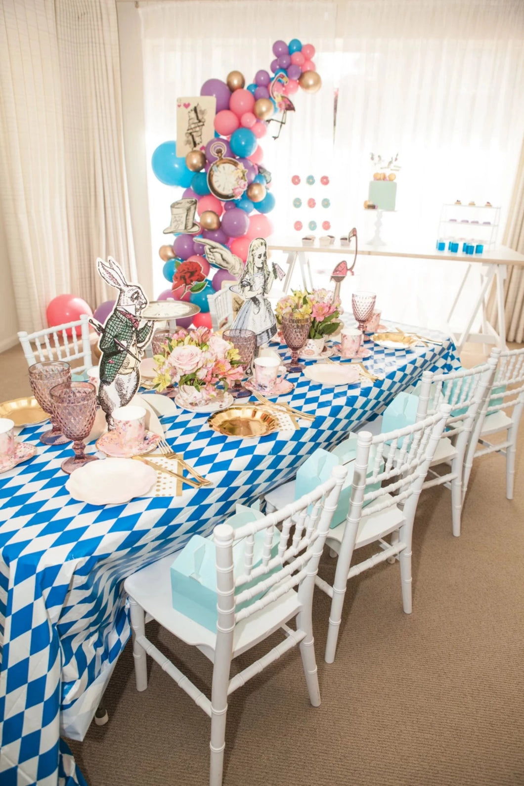 Alice in Wonderland Party Box
