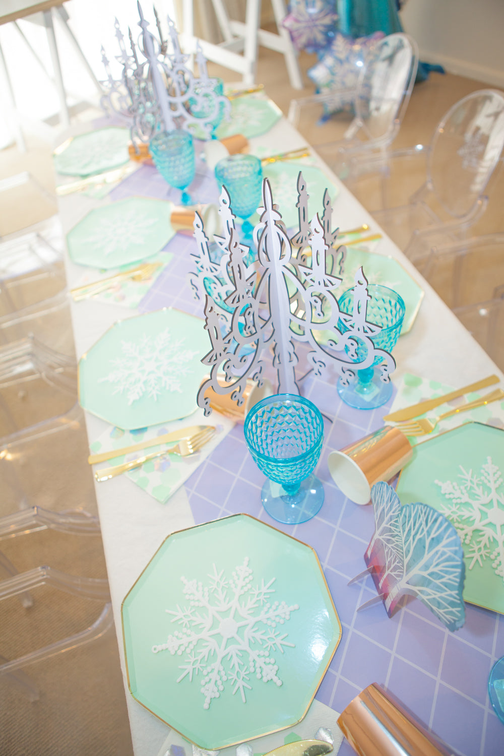 White Wooden Table Centerpiece