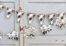 Load image into Gallery viewer, Gingham Farm Buffalo Check Pennant Banner