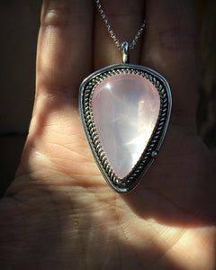 Shimmery rose quartz pear necklace