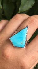 Load image into Gallery viewer, Kingman turquoise kite ring - size 10