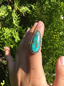 Bright blue turquoise ring with beaded detail - size 6