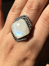 Load image into Gallery viewer, Square moonstone with beaded wire details ring - size 9