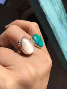 Shimmery rose quartz and teal Hubei turquoise double ring - size 8-9
