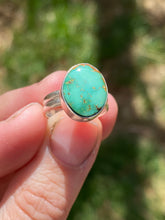Load image into Gallery viewer, Simple Green Turquoise Ring—size 5