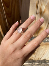 Load image into Gallery viewer, Rose quartz stacker ring set - size 5.5