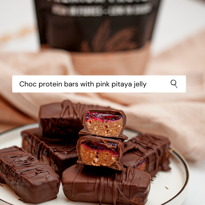 Recipe: Choc protein bars with pink pitaya jelly