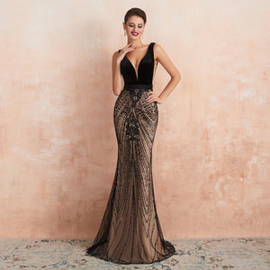 Black V Neck Sleeveless Backless Mermaid Prom Dresses With Lace