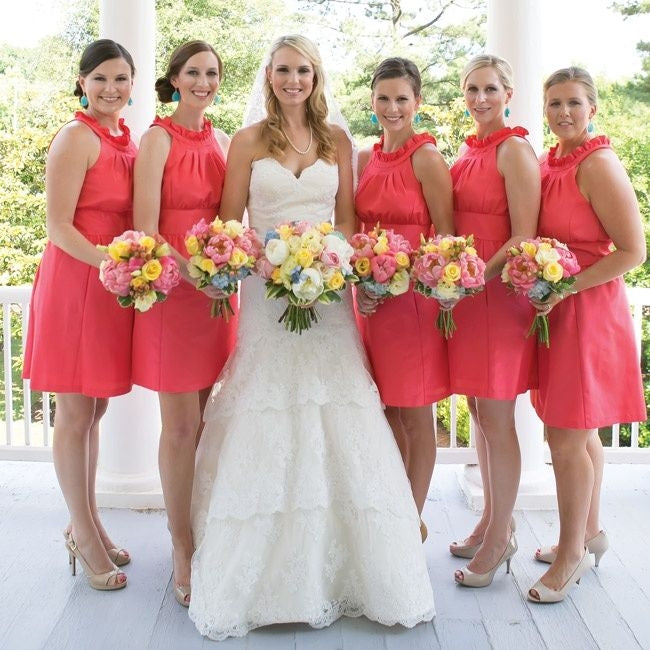 db38cd7762e Coral Sleeveless Scoop Neck Short Bridesmaid Dresses Cheap Homecoming  Dresses
