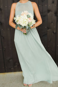 Elegant Light Green Scoop Neck Floor-Length Chiffon Bridesmaid Dress Prom Dresses With Ruffle Bow - EVERISA