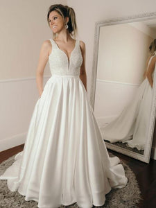 White V-Neck Sleeveless Bridal Gown A-Line Backless Satin Wedding Dresses