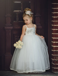 White Sleeveless Tulle Flower Girl Dresses Backless Little Girl Dresses