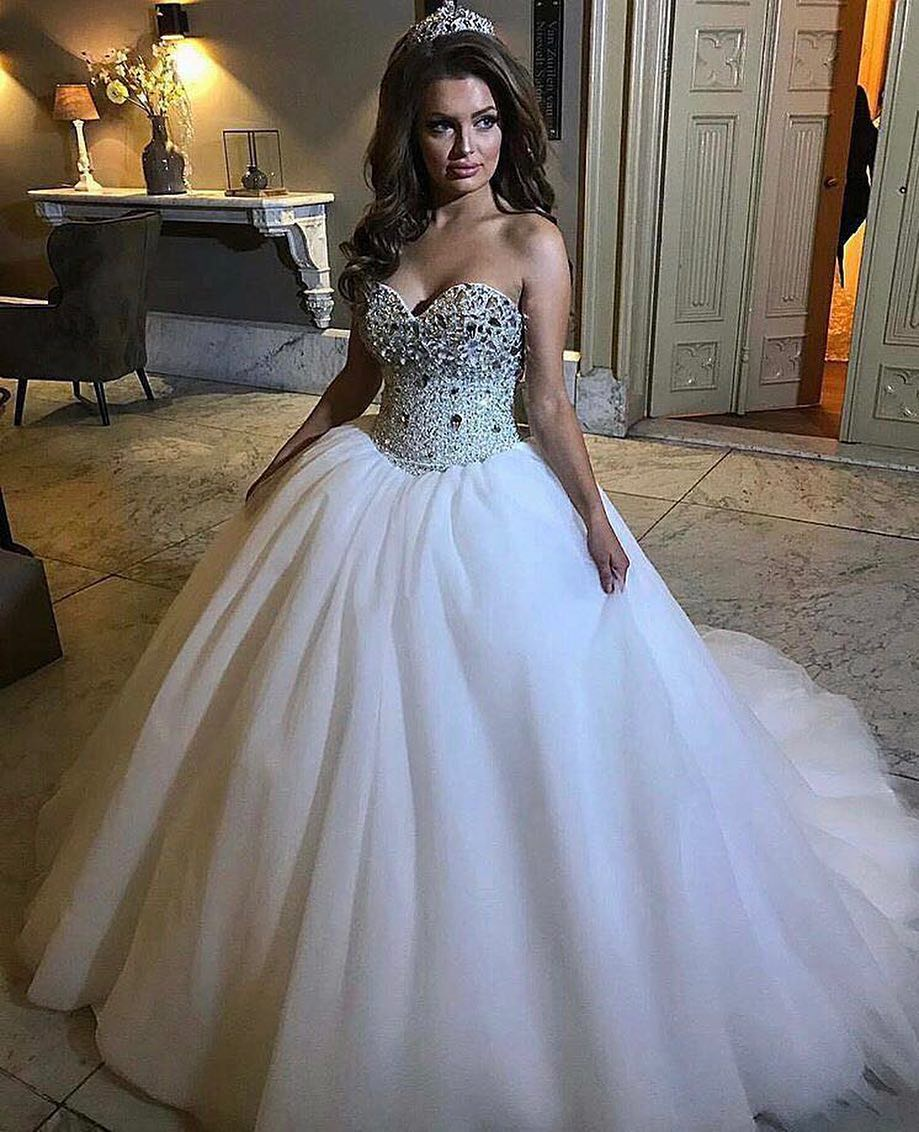 ebc2630990 Sparkly Sweetheart Sleeveless A Line Tulle Wedding Dresses With Crystals