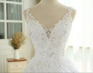 White V Neck Sleeveless Lace Beaded Wedding Dresses A Line Bridal Gown
