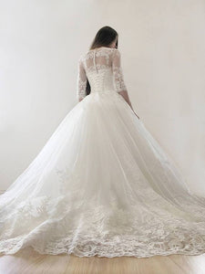 Elegant 3/4 Sleeves A Line Wedding Dresses Lace Applique Bridal Gown