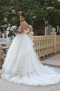 Elegant Sweetheart Sleeveless Backless Wedding Dress Lace Bridal Gown