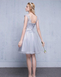 Grey Scoop Neck Sleeveless Homecoming Dresses Lace Cocktail Dresses