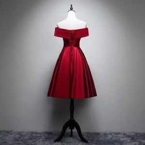 Red Off Shoulder Sleeveless Homecoming Dresses A Line Short Cocktail Dresses