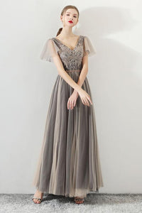 Grey Round Neck Short Sleeve A Line Tulle Prom Dresses With Appliques